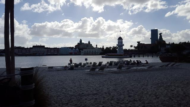 Yacht and Beach Club beach