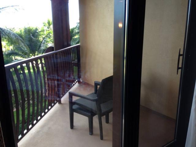 aulani-balcony.jpg