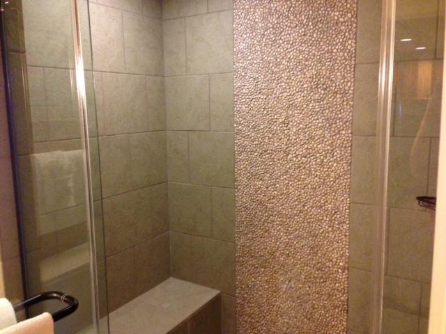 aulani-shower.jpg