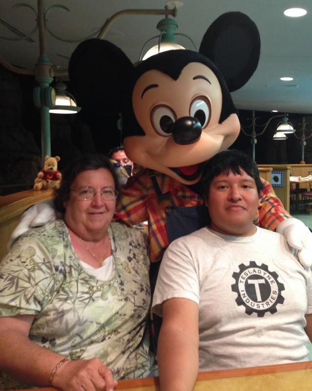 Aunt and cousin with the main mouse