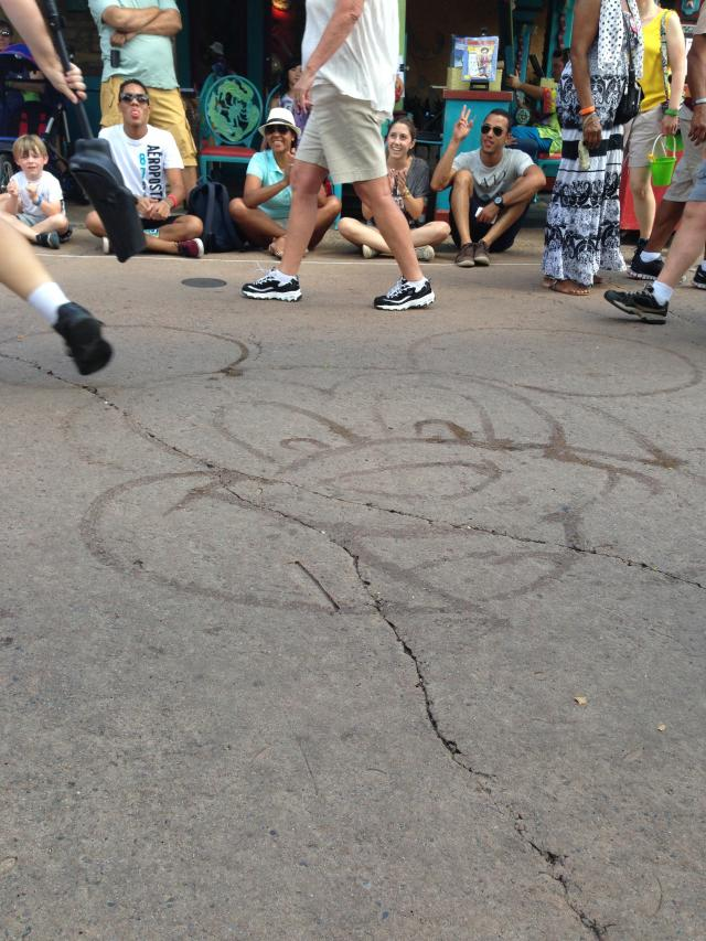 Mickey water drawing--love this!!