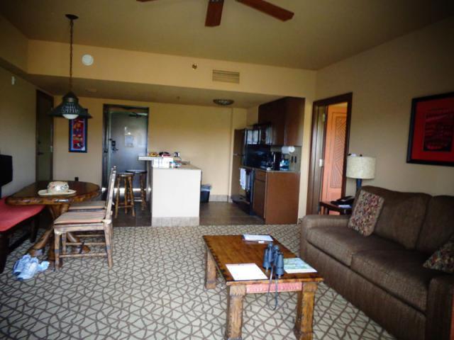 kitchenfromlivingroom.jpg
