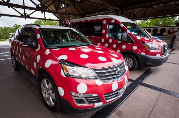 minnie-vans-lyft-transportation-disney-world-465.jpg