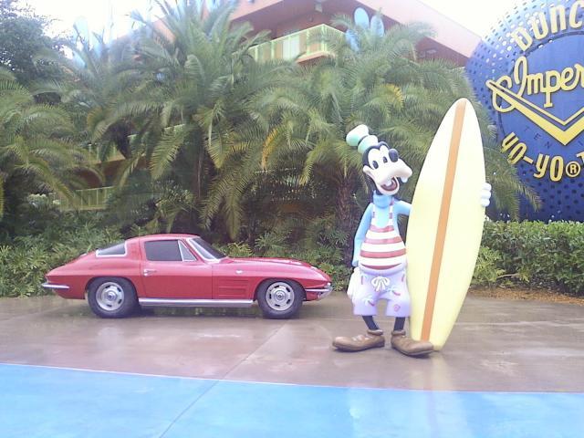 surfergoofy.jpg