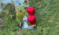 Join Olaf's Holiday Tradition Expedition At EPCOT
