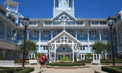 5 Reasons Why We Love the Yacht Club and Beach Club Resorts