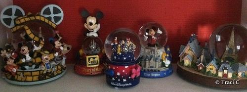 Smow Globes