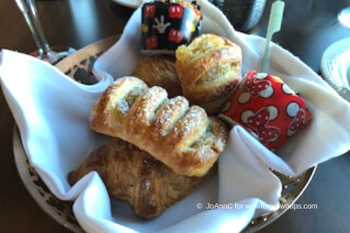 Topolino Pastry Basket